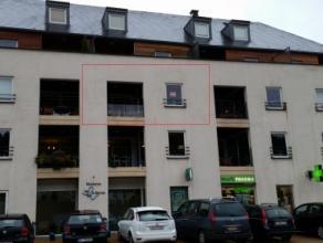 Bel appartement (2 chambres, ascenseur) avec parking, 2 terrasses et superbe vue sur la Semois et le Château Fort de Bouillon. Composition du bi