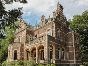 TRIOR Waterloo vous propose ce magnifique château idéalement situé à 2 pas du Grand large ainsi qu'à proximit&eacute