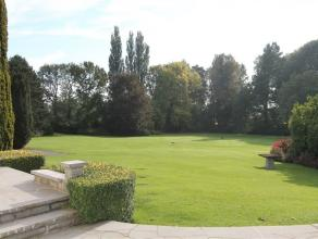 Splendide maison de caractère avec jardin d'un hectare située dans un endroit calme mais à la fois à proximité de t