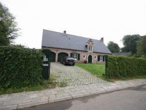 Superbe villa de standing sur un terrain de 12.36ares, située dans le quartier résidentiel 'Ringlaan' au bord de la forêt et &agra