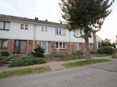 Maison 2-façades avec jardin situé au centre de Tervuren, situation très calme, rénové en 2012. Rez-de-chauss&eacut