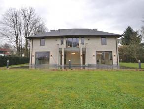 Villa exceptionnelle avec des finitions de luxe, situé près du centre de Tervuren, à 500m de la BSB, à proximité de