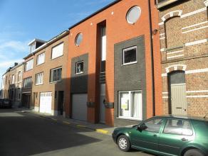 Recent gelijkvloers appartement 87m² ruim TERRAS en mooie TUIN.  Perfecte ligging vlakbij Heverlee station en markt en vlakbij Leuven centrum.  I