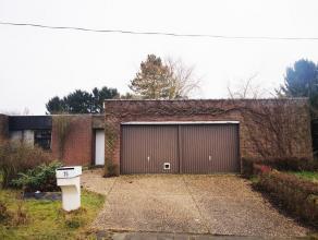 Bungalow dans un quartier résidentiel à Tervuren. Hall d'entrée (10 m²) avec toilette séparée, salle de s&eacu