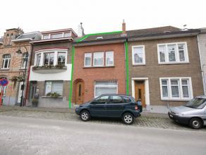 Maison de ville rénovée avec terrasse et jardin très agréable, situé au centre de Tervuren. Rez-de-chaussée