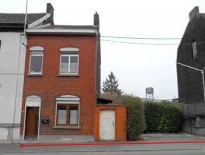Limite Marchienne-au-Pont - Maison 3 façades à rénover avec terrain à bâtir sur le côté, bien situ&eacu