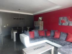 Appartement 2 chambres meublé dans une nouvelle construction, situé au 2ème étage. Composé: 1 salon living de 35m&s