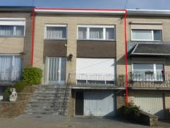 Maison bel étage dans un quartier résidentiel de Berleur. Composée: Au s/s: 1 grand garage 2 voitures, 2 caves de 75m² Au re