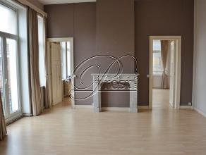 """xmlns=""""http://www.w3.org/1999/xhtml""""> Charleroi, appartement de 70m², 1 chambre, cave. Au coeur de Charleroi, à l'angle de la rue de la"""