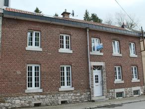 Maison 3 chambres avec terrasse et jardin Composition : Sous-sol : 2 caves Rez-de-chaussée : Hall d'entrée, salon, salle à manger