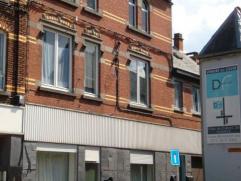 Un immeuble en très bon état d'entretien (DV partout, chaudières gaz neuves,...), avec un grand garage/atelier, parfaitement situ