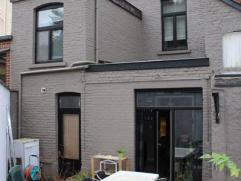 POUR INFOS ET VISITES: 0484/104.034 ou 071/19.39.41Superbe maison entièrement rénovée, située à proximité de