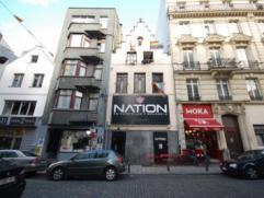 BRUXELLES CENTRE - SAINT GERY : Excellente situation, dans les petites rues animées du quartier St Géry, belle maison d'époque de
