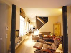 Maison à VENDRE à Bruxelles 790000 EUR Retour à la liste En plein centre historique de Bruxelles: superbe arrière maison 2