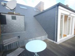 Appartement LOUER Bruxelles 1750 EUR Retour la liste SAINT-GERY : Prox. Sainte-catherine Beau penthouse 2005 140m 5min. a pied de la Grand Place, des