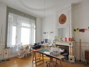 Proche Altitude 100: A côté de la Place Albert, bel appartement duplex de caractère offrant une superficie totale de 150 m².
