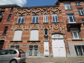 Bruxelles - A proximité du Square Ambiorix: maison de rapport de 4 appartements: actuellement : arrière maison atypique, de +- 400m&sup2