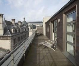 Appartement LOUER Bruxelles 2620 EUR 2600 EUR 2620 EUR Retour la liste Centre : Entre la Porte de Namur et le Sablon: beau penthouse 3 chambres, 2 sal