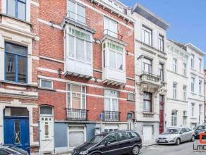 Ideaal gelegen studentenhuis bestaande uit 9 kamers en 2 studio's! Op een zuchtje van het Sint-Pietersplein, diverse faculteiten/hogescholen en de Ove
