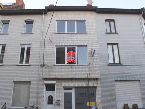 Ruime handelswoning met appartement op een toplocatie in het populaire Sint-Amandsberg: in een gezellige rustige buurt op fietsafstand van het centrum