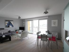 Deze bijzonder mooi ingerichte duplex bevindt zich aan de Tijdokstraat te Zeebrugge en heeft open zichten over de inkom van de haven en de jachthaven