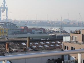 Vlakbij het centrum en de jachhaven van Zeebrugge verhuren wij een gemeubeld appartement met volgende indeling: inkom, open keuken, Terras West en Ter