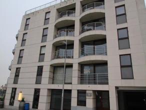 Op de eerste verdieping van de Residentie Harbour vieuw verhuren wij een appartement met volgende indeling: inkomhal, berging, toilet, badkamer, slaap