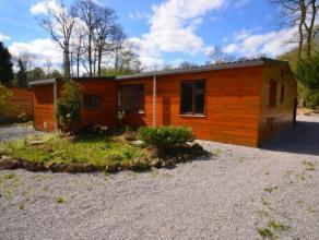 Dans le domaine du Bois de Roly, un beau chalet (construction 2002) composé d'un living, cuisine semi équipée, 2 chambres, salle
