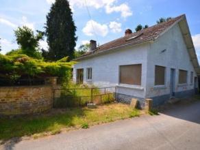 Situé en pleine campagne, Une maison d'habitation à rénover entièrement sur un terrain d'une superficie de 24 ares 93 cent