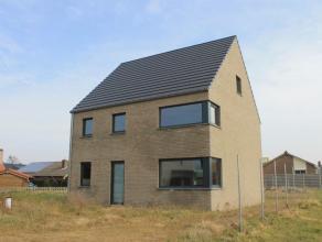 Prachtige nieuwbouwwoning op 4a 24ca gelegen in een recente verkaveling tussen het centrum van Neerpelt en Overpelt. De woning ligt op enkele minuten
