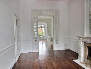 Dans le quartier :Milcamps/Emile Max/Eugene Plasky, magnifique Maison de Maitre, construite début du 19eme siècle avec jardin et garage.