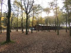 Prachtig recreatiedomein voordagrecreatie met een totale oppervlakte van 4ha.Dit domein is voorzien van een authentiek saloon met aansluitend ee