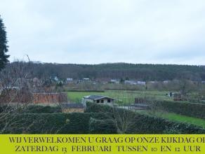 Deze mooie, instapklare gezinswoning bevindt zich in Kessel-Lo, vlakbij Leuven. De woning biedt heldere, zeer aangename leefruimtes op de woonverdiepi