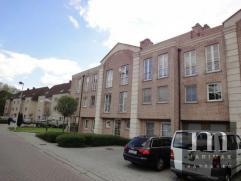 Duplex appartement met prachtig terrasDit duplex appartement is gelegen in de Leopoldstraat 28 te Kontich, dit in een recent appartementsgebouw met li
