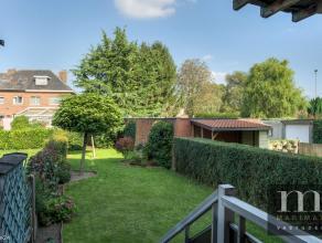 Rustig gelegen woning te MortselDeze charmante woning is gelegen in De Stappe 17 te Mortsel vlakbij de grens met Hove en Boechout. Deze rustige buurt