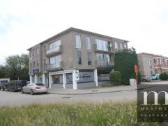 Goed gelegen appartement met garage in MortselDit gerenoveerd appartement (badkamer, keuken..) is gelegen in de Borsbeeksebinnenweg 96 op de tweede ve