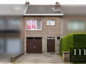 Gesloten bebouwing te EdegemInstap klare woning te Edegem, aan de Rotenaard. Deze rustige straat heeft goede verbindingen met onder andere de Buizgeml