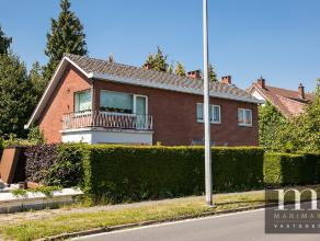 Mooie woning aan de BoniverleiDeze villa is gelegen aan de Boniverlei te Edegem, een residentiële buurt, grenzend aan Hovestraat, de Mechelsestee