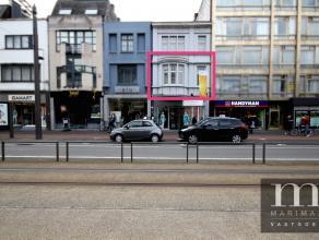 Aangenaam wonen in centrum MortselDit appartement vinden we op de eerste verdieping van de Statielei 34 in centrum Mortsel. Deze centrale ligging bied