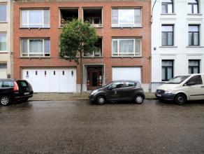 Geriefelijk appartement, 2 slpk, in centrum MortselDit geriefelijk appartement met 2 slaapkamers is gelegen in een goed onderhouden appartementsblok i