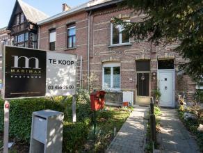 Woning dichtbij centrum KontichDeze te renoveren woning staat aan de Antwerpsesteenweg, dichtbij het centrum van Kontich en staat op 235 vierkante met