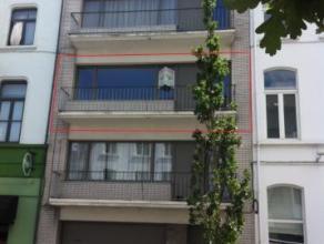 Appartement te 9300 Aalst, Stationsstraat 35 Appartement bestaande uit ruime living, geïnstalleerde keuken, 2 slaapkamers, ingerichte badkamer, b