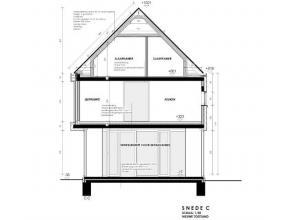 Duplex appartement met 3 slk' s, onderdeel van een kleinschalig appartementsgebouw, volgens een eigentijdse architectuur. Indeling & omschrijving