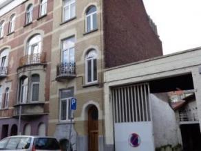 Proximité avenue du Roi -Grand Duplex (120m²) -3 chambres -salon-salle à manger -cuisine équipée - 2 salle de bains -