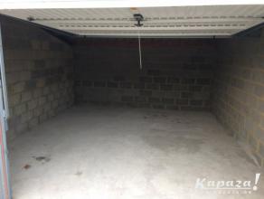 Garage à louer à 6220 Fleurus