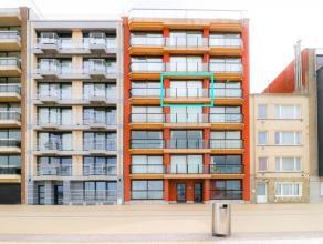 Deze stijlvolle studio met zeezicht ligt op de Zeedijk van Zeebrugge tegenover het nieuwe Badengebouw. Door zijn positie op de vierde verdieping in he