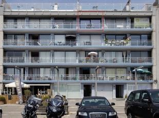 Gelegen aan de haven van Zeebrugge met prachtig zicht op de jachthaven!<br /> Appartement op het 4 de verdiep met overal dubbele beglazing, zonnig ter