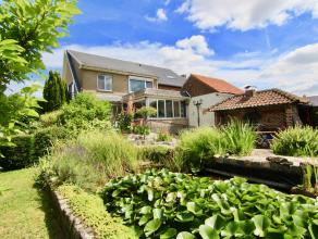 Aangename woning in het rustige en landelijke Bunsbeek met o.a. een bewoonbare oppervlakte van 210m², 3 slaapkamers, ruime woonkamer, garage en p