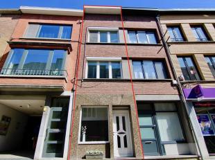 Te renoveren woning pal in het centrum van Tienen met o.a. een bewoonbare oppervlakte van 130 m², 4 slaapkamers, gezellig dakterras en zeer energ