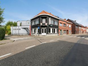 Handelsgelijkvloers (taverne/restaurant)met bovengelegen woongedeelte gelegen in de stadsrand op commercieel interessante locatie nabij Leuven en de E